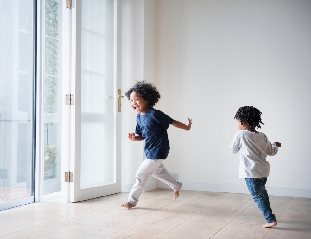 kids running at home www.herviewfromhome.com