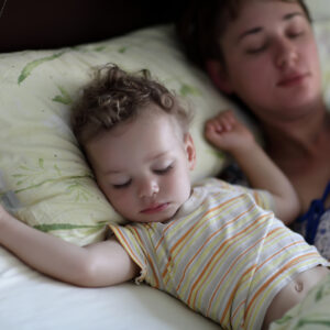 Solidarity, Mamas: Science Proves We're Sleep-Deprived For at Least 6 Years After Baby