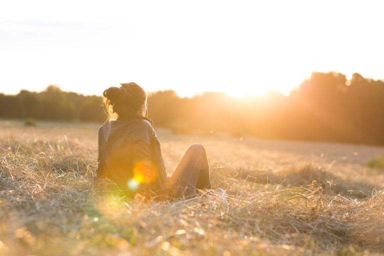 woman in meadow www.herviewfromhome.com