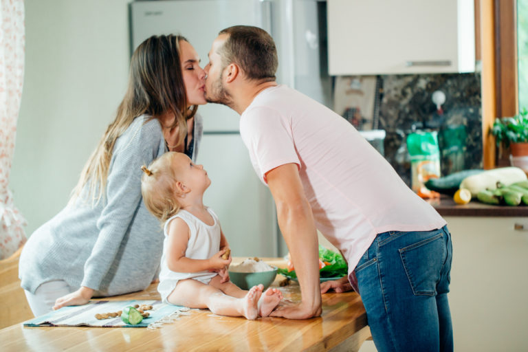 parents kiss www.herviewfromhome.com
