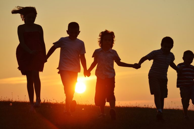 kids in sunset www.herviewfromhome.com