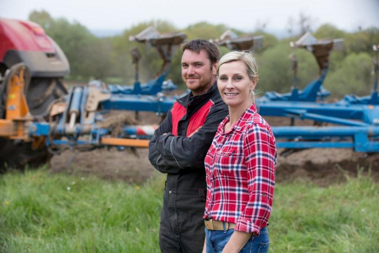 farm couple www.herviewfromhome.com