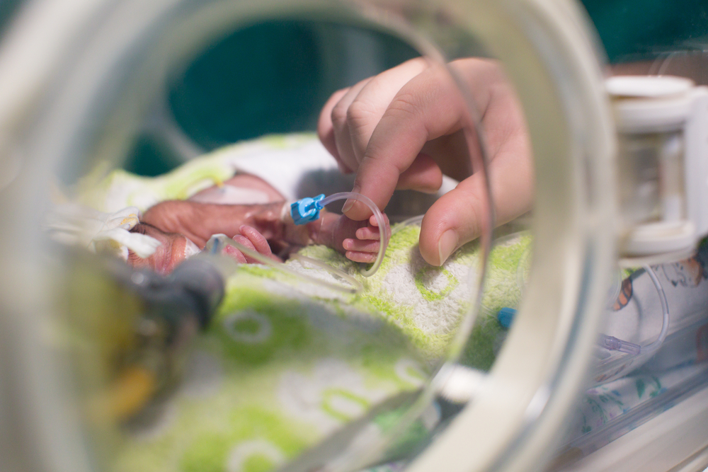 baby in nicu www.herviewfromhome.com