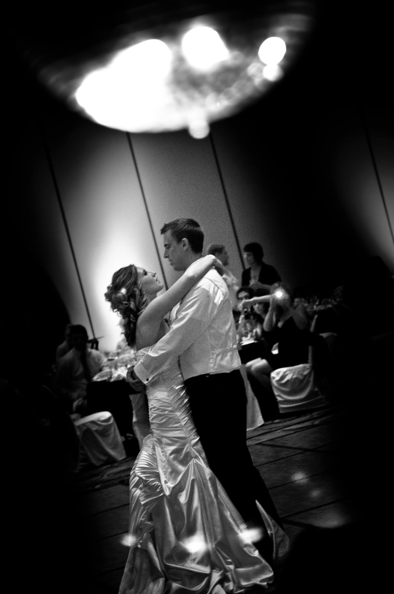 husband and wife dancing www.herviewfromhome.com