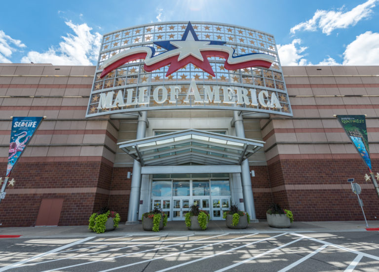 exterior shot of Mall of America in Minneapolis, MN