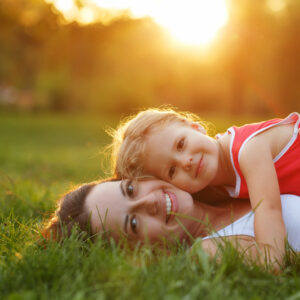 5 Ways to Draw Closer to God in the Midst of Motherhood