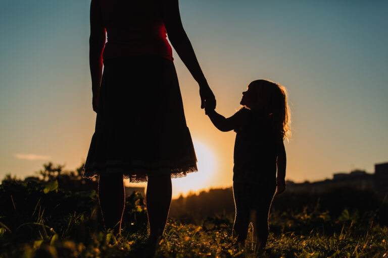 Mother and daughter silhouette