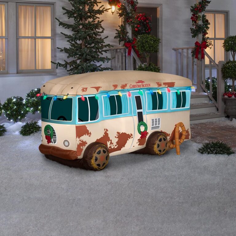 Home Depot inflatable National Lampoon Christmas Vacation RV