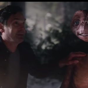 E.T. and Elliott Reunited on Thanksgiving, and Our 80s Childhood Hearts Are Singing