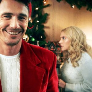 SNL Does It Again—This Time With a Hilarious Spoof on Hallmark Christmas Movies