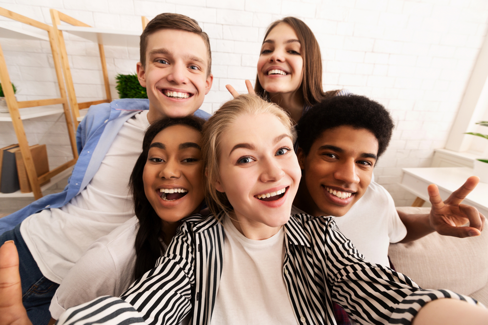 teens and tweens in selfie