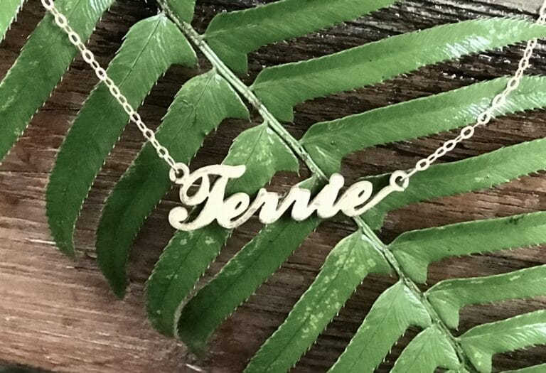 Name necklace Terrie