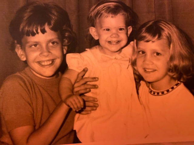 Old photo of sisters