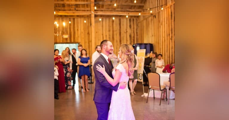 Bride and groom on the dance floor, color photo