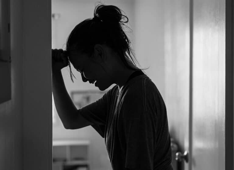 Crying woman silhouette